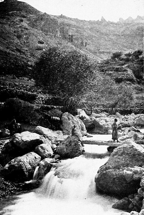 แม่น้ำจากภูเขาในเลบานอนภาพจากhttp://en.wikisource.org/wiki/Syria,_the_Land_of_Lebanon/Chapter_12